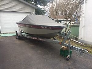 "CLEAN! 16' 8"" Mirrocraft Aggressor Mag boat/trailer"