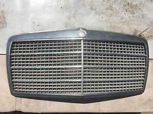 Mercedes W116 grill Medina Kwinana Area Preview
