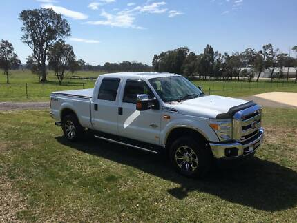 2011 Ford F-250 Lariet Pickup