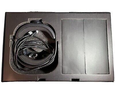 lenovo explorer VR PC headset & Controllers used with original box