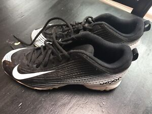 Lacrosse Football Cleats Size 7.5