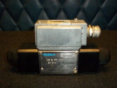 Vickersdouble A 7 Available Hydraulic Solenoid Valve 10b1 Tested Warranty