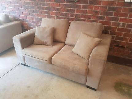 Brown 2 piece couch, 6 seater, great condition