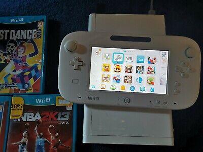 Nintendo Wii U Console 8GB white with 27  games. All Zedla & Mario games!!