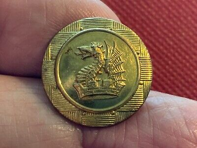 DRAGON'S HEAD w WINGS in MURAL CROWN ON A BASKETWEAVE 19.6mm GILT LIVERY BUTTON
