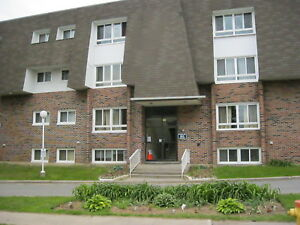 AVAILABLE MARCH 1 - TWO BEDROOM - ALL INCLUSIVE - BROCKVILLE