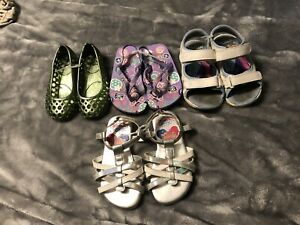 Lot of girls size 7 toddler sandals!