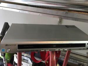 Pionner DVD player