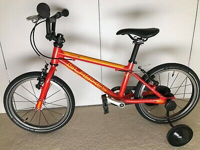 Islabike Cnoc 16 Red great condition with stabilisers