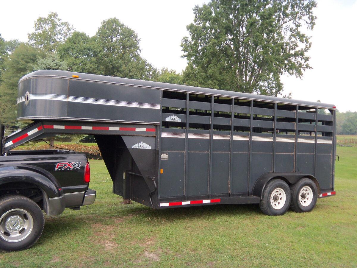 16 Foot Moritz Brand Gooseneck Cattle Horse Livestock Trailer