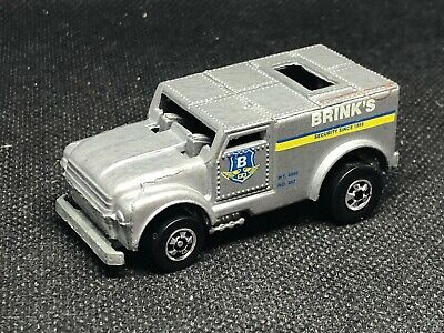 Hot Wheels Funny Money Brinks Armored Truck Black Walls Flying Colors #10