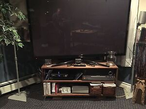 Well built tv stand for large tv's