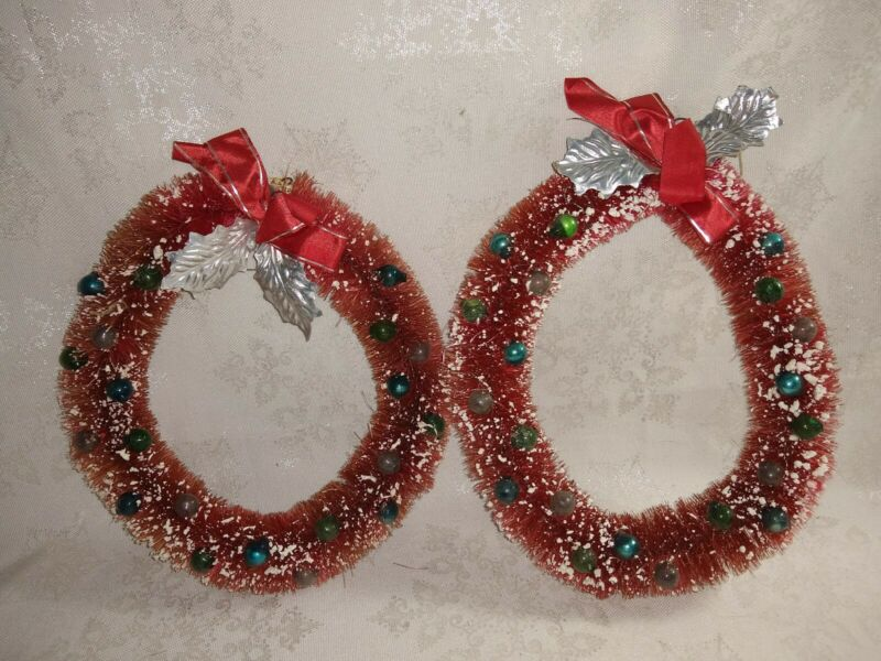 "Vintage Christmas 7"" wreaths 2 Bottle Brush In Red w/ glass beads"