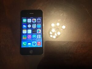 Unlocked iPhone 4 16GB,great working condition. New battery