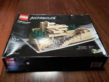 LEGO Architecture - Falling Water (RARE)