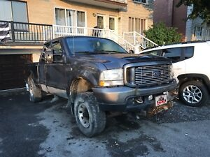 2004 Ford F250 5.4  part out