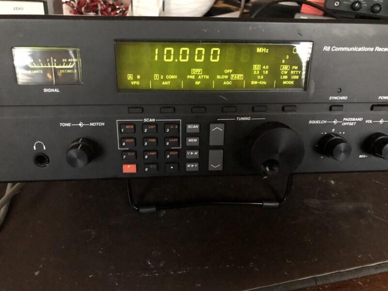 Drake R8 Communications Receiver Shortwave SW AM Ham Radio Scanning Receiver R-8