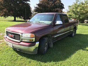 2002 GMC Sierra Pick Up