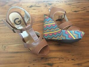 Guess Wedges - Sz 7
