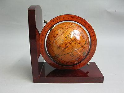 Holz Buchstütze  mit  Globus Weltkugel 17 cm Antikstil