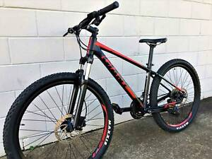 "Giant Talon 27.5"" Mountain Bike WARRANTY"
