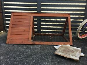 Wooden rabbit/guinea pig cage Long Jetty Wyong Area Preview