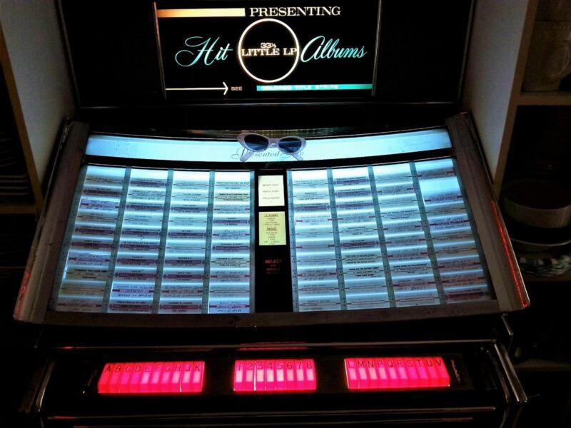 ROCKOLA MODEL 418 S A  RHAPSODY II JUKE BOX 160 SELECTIONS  1964 VERY NICE !!