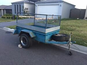 Small Trailer for sale. Rego till Feb 17 Durack Brisbane South West Preview
