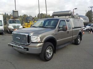 2007 Ford F-350 SD XLT SuperCab Long Box 4WD Diesel with Canopy