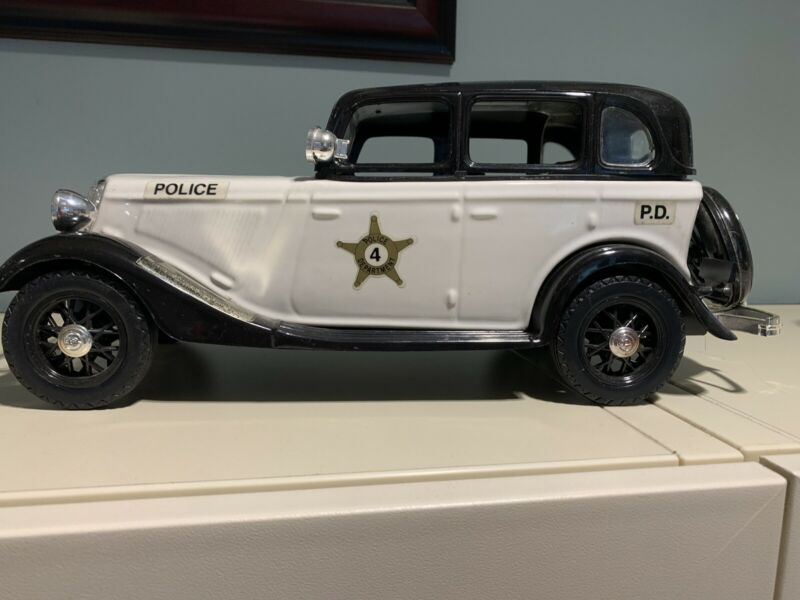 Jim Beam Police Patrol Car Collector's Item 1934 Model