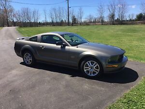 2005 mustang GT in MINT CONDITION!
