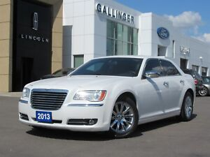 2013 Chrysler 300 C w/PANORAMIC ROOF AND NAVIGATION