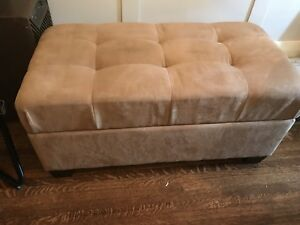 Beautiful tufted ottoman with storage
