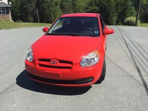 2009 Hyundai Accent 5 speed manual with winter tires
