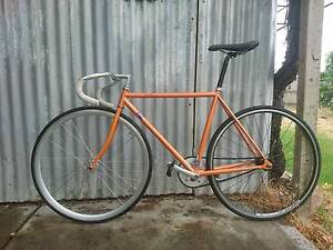 Fuji feather fixed gear bike Blair Athol Port Adelaide Area Preview