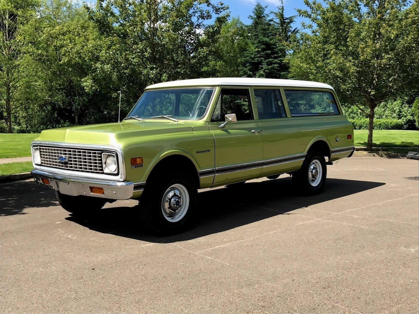 1972 Chevrolet Suburban Custom DLX 1972 Chevy Suburban 2500 4x4 3dr V8 350 Eng' Auto 130k Miles 1-Owner Rust Free