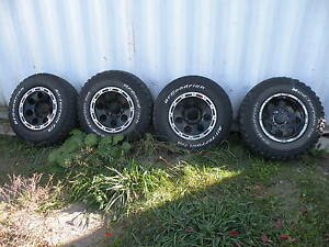 Truck 8 Bolt Rims and Tires Peterborough Peterborough Area image 1