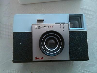 kodak vintage instamatic 25 camera