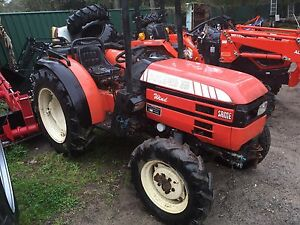 2x Same 35 HP 4x4 Tractor wrecking 1 running cond Kangaroo Valley Shoalhaven Area Preview