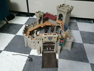 Playmobil 4866 - Falcon Knights Castle With Knights