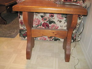 """Pair of SOLID 2"""" Pine End tables NOW $20 London Ontario image 4"""