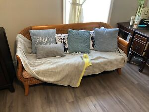 5pc rattan harwood sofa set - price reduced-300$