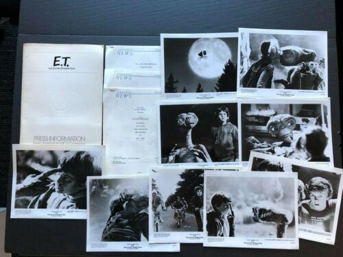 E.T. the Extra Terrestrial (1982) - Movie Press Kit w/Photos & Press News