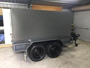 Trailer, twin axle great condition