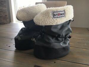 Gender neutral Stonz booties in solid grey