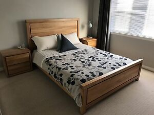 Freedom Furniture Henderson Queen Bed Set Kotara Newcastle Area Preview