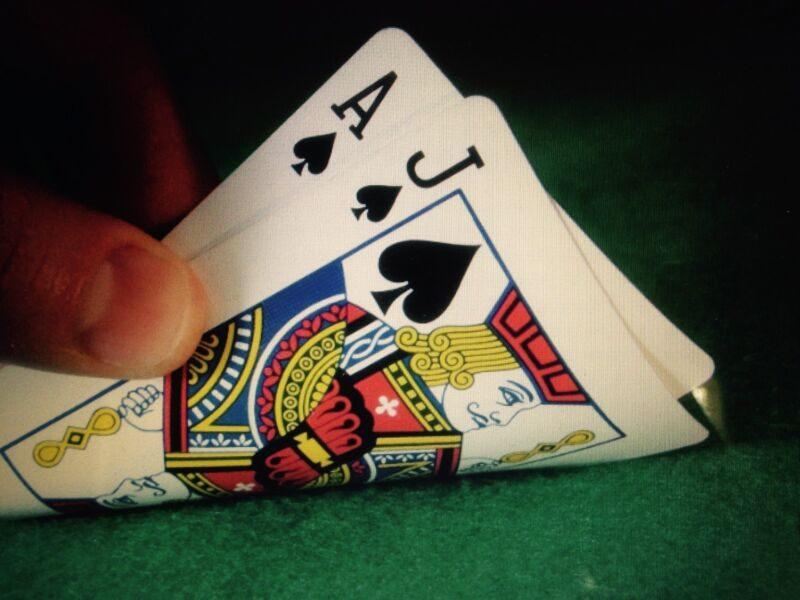 """>>> Simple Blackjack System, NO """"Up as you Lose"""" <<<"""