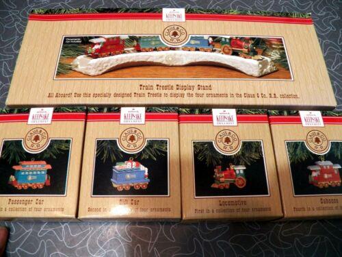 MIB Claus & CO R.R. Railroad Train Trestle 5 PC 1991 Hallmark Keepsake Ornaments
