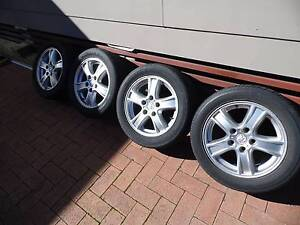 Holden Commodore 16 inch alloy wheels Gorokan Wyong Area Preview