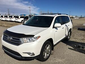 2011 Toyota Highlander Limited with Navi/Leather MUST SELL